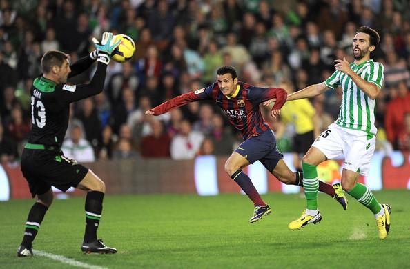 Golazo de Pedro en el Betis 1 - F.C. Barcelona 4 (10-11-2013) Primera división
