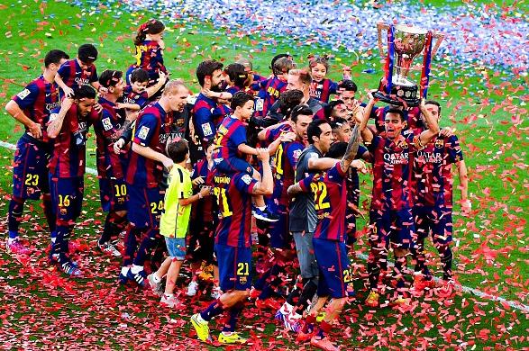 El Barça celebra su Liga número 25 y la despedida de Xavi Hernández en el Camp Nou (23-05-15)