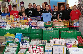 Alimentos para la Asociación Ayuda a Familias Chicharreras