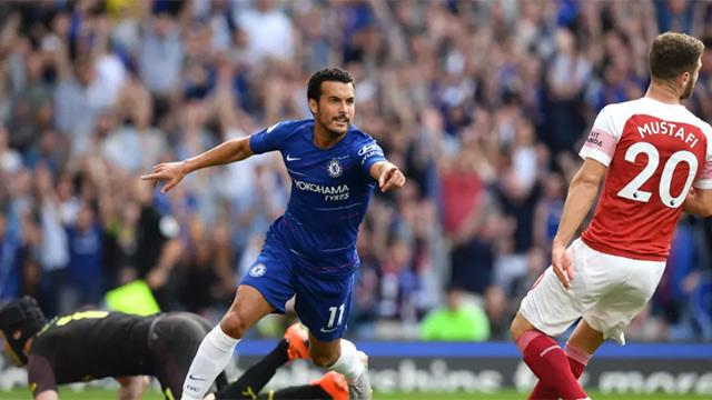 Pedro repite para conquistar el derbi de Londres (3-2)