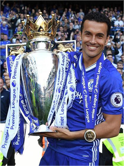 Pedro celebrates the Premier League Title at The Bridge