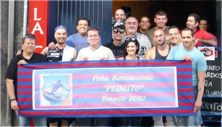Miembros de la primera Peña Barcelonista Pedrito (Tenerife)
